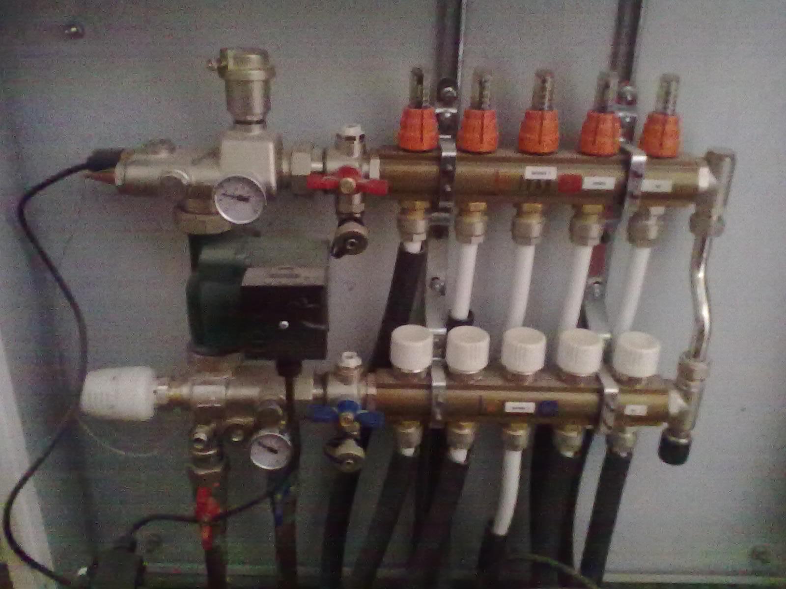 rozdělovač podlahového topení Unimix Ivar